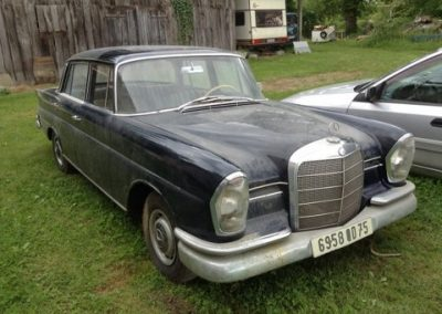 Mercedes Fintail Barn find