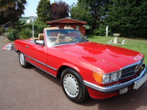FOR SALE: Mercedes 560 SL